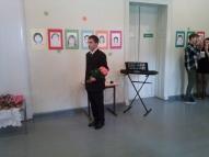 A. Mihailovs iejutās Izglītības ministra lomā un sveica skolotājus.