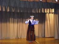 Flautu spēlē Līva