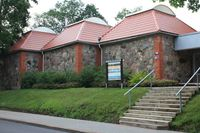 """No 1. janvāra līdz 28. februārim Vestienas pamatskolas zālē ir apskatāma Madonas novadpētniecības un māksla muzeja izstāde """" Sportiskās virsotnes""""."""